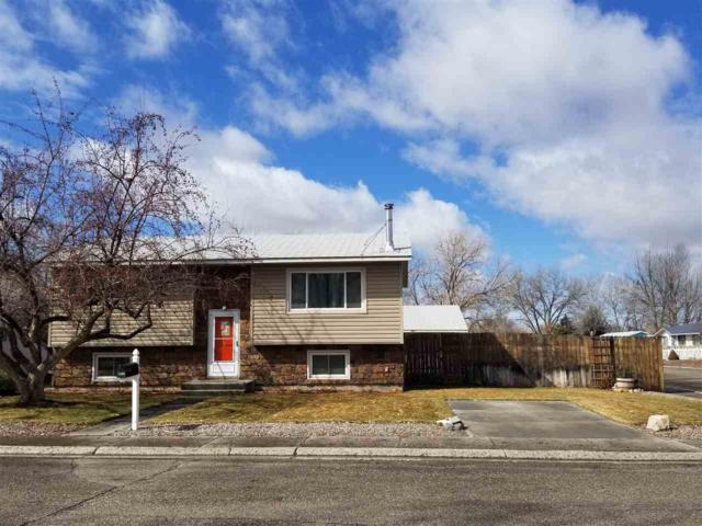 1800 Crimson Street, Worland, WY 82401 (MLS #20191408) :: RE/MAX The Group