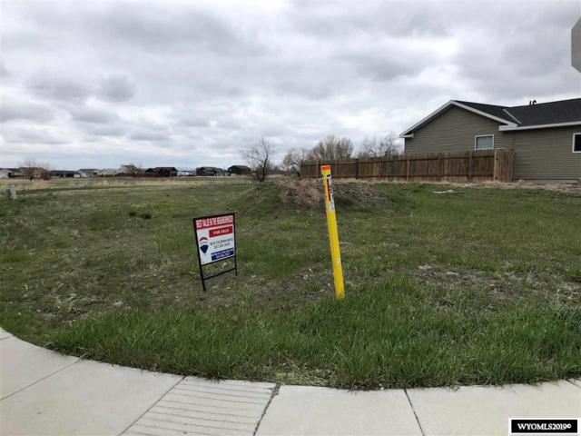 000 Pinecrest Street, Riverton, WY 82501 (MLS #20192400) :: Real Estate Leaders