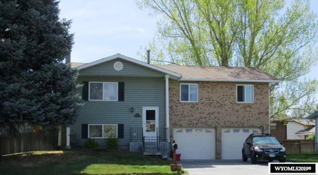 915 N Forest Drive, Riverton, WY 82501 (MLS #20192724) :: Real Estate Leaders