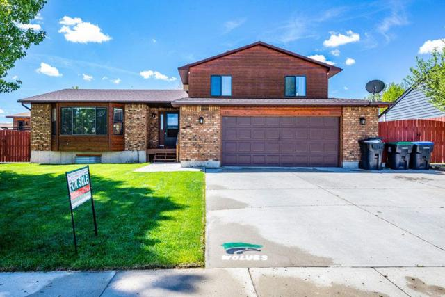 800 Saratoga Drive, Green River, WY 82935 (MLS #20193035) :: RE/MAX The Group
