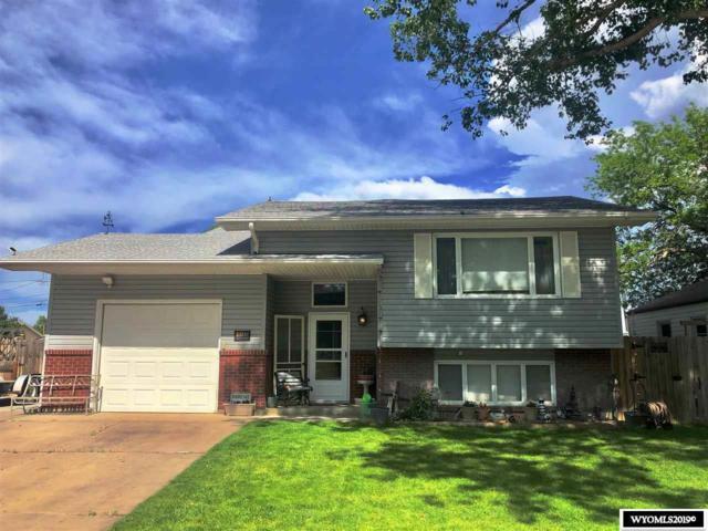 1155 Washington Street, Douglas, WY 82633 (MLS #20193574) :: Real Estate Leaders