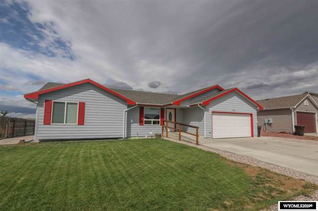 1096 7th Street, Evansville, WY 82636 (MLS #20195415) :: RE/MAX The Group