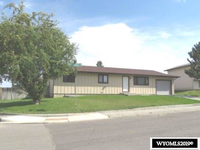 2101 Thorndike Avenue, Casper, WY 82609 (MLS #20196431) :: RE/MAX The Group