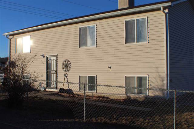 209 S Riverbend, Douglas, WY 82633 (MLS #20200214) :: RE/MAX The Group