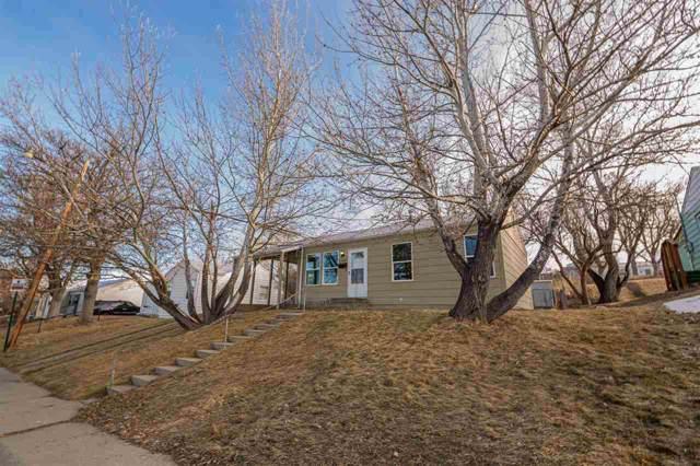 1355 S Laurel Street, Casper, WY 82604 (MLS #20200301) :: Real Estate Leaders