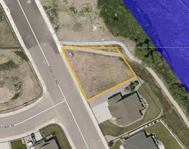 415 Pearson Street, Douglas, WY 82633 (MLS #20200392) :: Real Estate Leaders