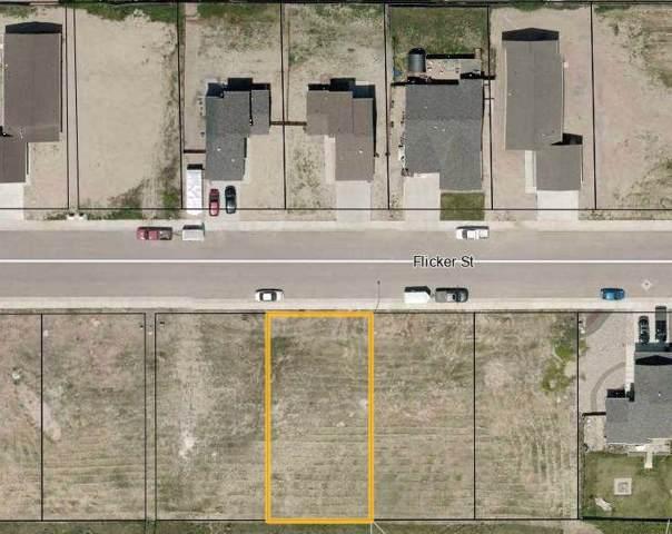 877 Flicker Street, Douglas, WY 82633 (MLS #20200404) :: Real Estate Leaders
