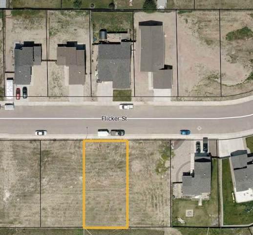 863 Flicker Street, Douglas, WY 82633 (MLS #20200405) :: Real Estate Leaders