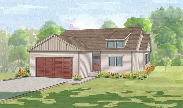 916 Dusty Terrace, Mills, WY 82604 (MLS #20200610) :: Real Estate Leaders