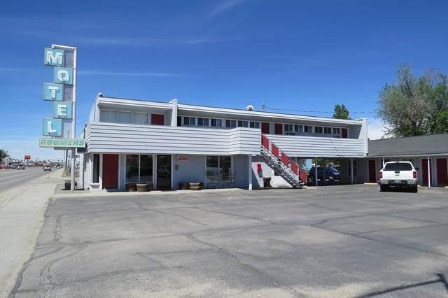 319 N Federal Boulevard, Riverton, WY 82501 (MLS #20200724) :: Real Estate Leaders
