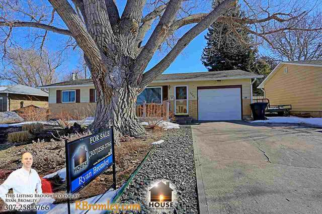 1241 Hazelwood Drive, Casper, WY 82609 (MLS #20200861) :: Lisa Burridge & Associates Real Estate