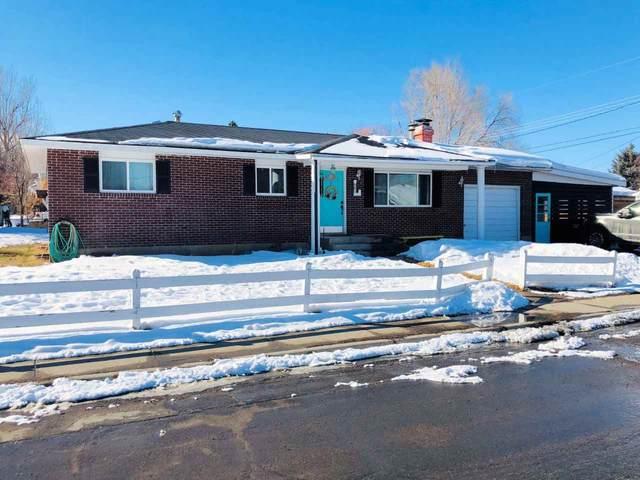 685 S 9th Street, Lander, WY 82520 (MLS #20200922) :: Real Estate Leaders