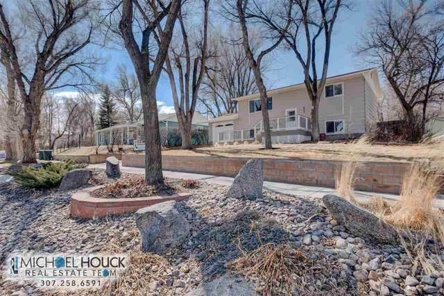 609 S 4th, Glenrock, WY 82637 (MLS #20201229) :: RE/MAX The Group