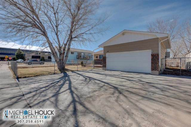 205 Overland, Glenrock, WY 82637 (MLS #20201241) :: RE/MAX The Group