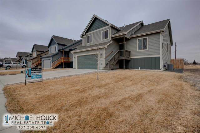 4768 Pontiac Street, Mills, WY 82644 (MLS #20201333) :: RE/MAX The Group