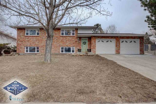 1221 Nottingham Drive, Casper, WY 82609 (MLS #20201348) :: RE/MAX The Group