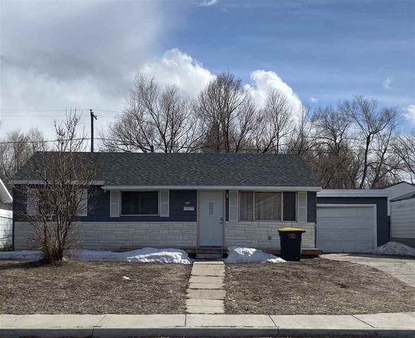 312 E State Street, Rawlins, WY 82301 (MLS #20201483) :: Real Estate Leaders
