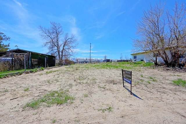 4397 Dodge Street, Mills, WY 82604 (MLS #20202085) :: RE/MAX The Group