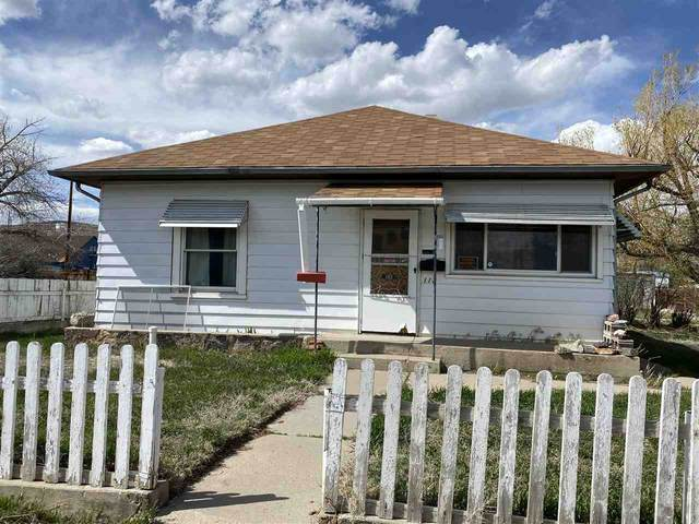 113 W Center, Rawlins, WY 82301 (MLS #20202417) :: Real Estate Leaders