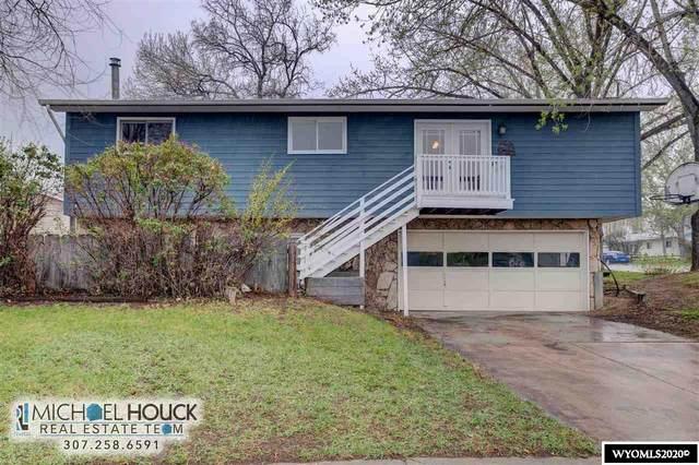 215 Fort Laramie, Glenrock, WY 82637 (MLS #20202563) :: Lisa Burridge & Associates Real Estate