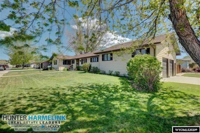 111 Frontier, Douglas, WY 82633 (MLS #20202564) :: Real Estate Leaders