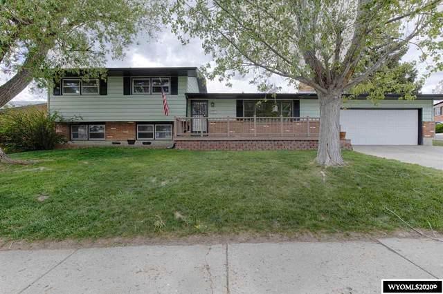 3100 Knollwood Drive, Casper, WY 82604 (MLS #20202593) :: Real Estate Leaders