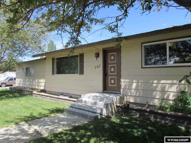 707 Central Street, Rock Springs, WY 82901 (MLS #20202737) :: RE/MAX The Group