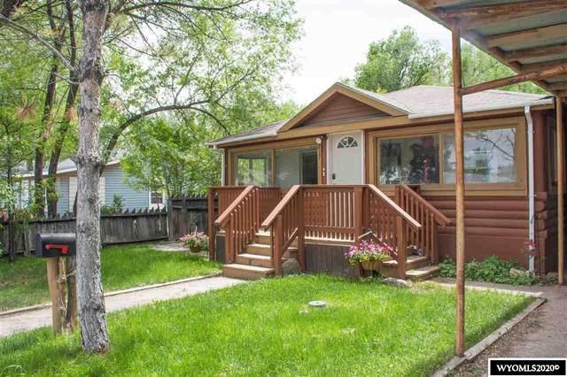 217 E Bell Avenue, Riverton, WY 82501 (MLS #20202745) :: Real Estate Leaders