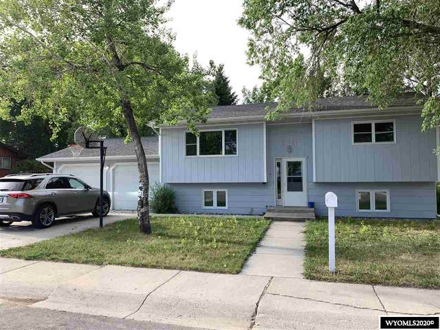 365 Bellvue Avenue, Lander, WY 82520 (MLS #20202970) :: Real Estate Leaders