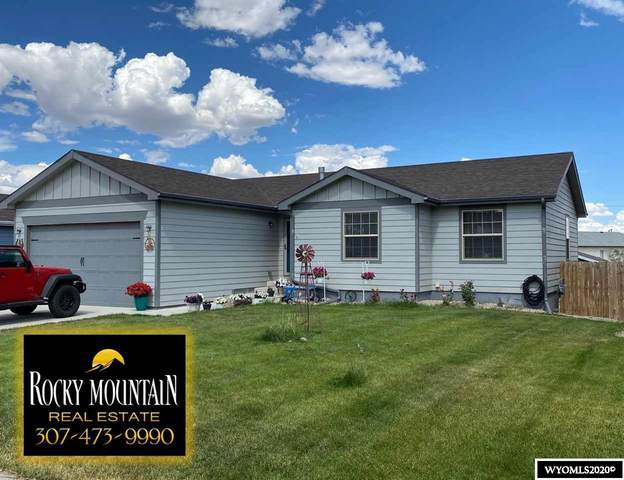 757 Badger Lane, Mills, WY 82644 (MLS #20203478) :: Real Estate Leaders