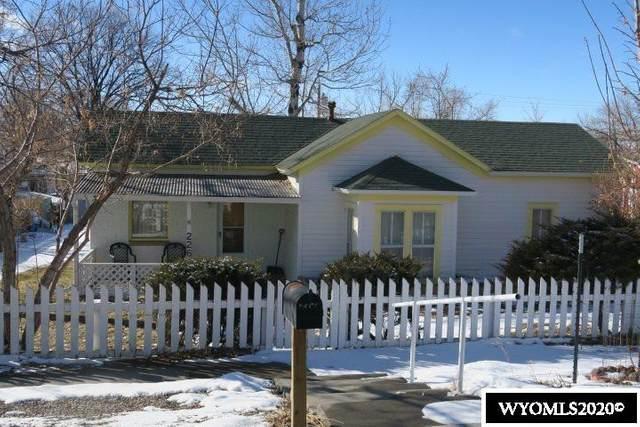 226 S 6th Street, Douglas, WY 82633 (MLS #20203554) :: Real Estate Leaders