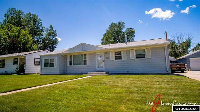 1600 S Maple Street, Casper, WY 82604 (MLS #20203570) :: RE/MAX The Group