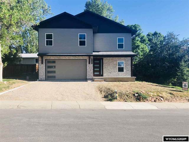 925 S 7th Street, Lander, WY 82520 (MLS #20203613) :: Real Estate Leaders