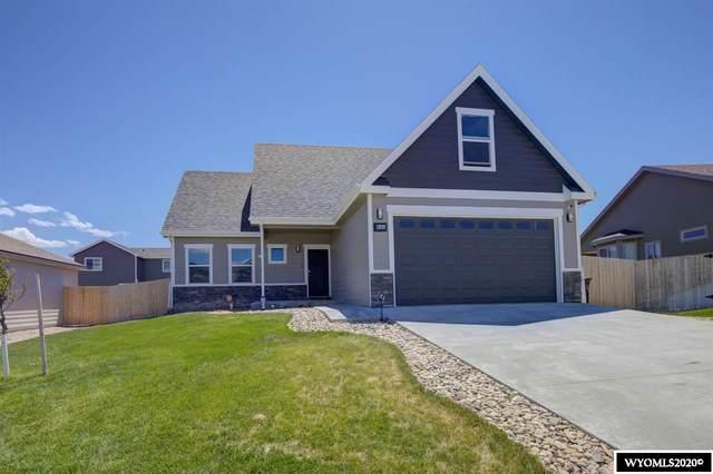 6151 Thunder Valley Road, Mills, WY 82604 (MLS #20203629) :: Real Estate Leaders