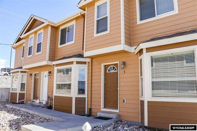 1455 SE Fairdale Avenue, Casper, WY 82601 (MLS #20203681) :: Real Estate Leaders