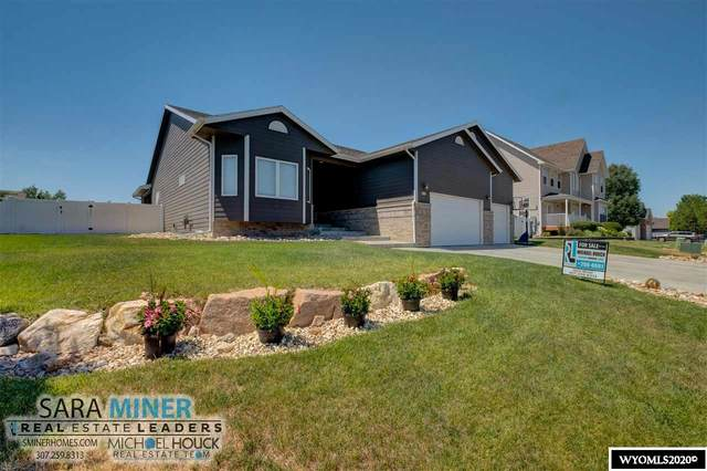 2020 Clifton Avenue, Casper, WY 82609 (MLS #20203700) :: Real Estate Leaders
