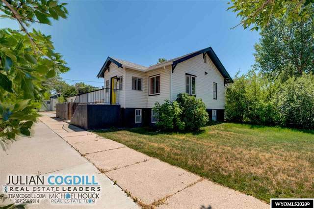 935 W 17th, Casper, WY 82601 (MLS #20203735) :: Real Estate Leaders