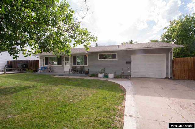 220 Stanfield Avenue, Cheyenne, WY 82007 (MLS #20203762) :: Real Estate Leaders