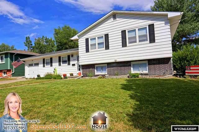 2908 Ridgecrest Drive, Casper, WY 82604 (MLS #20203785) :: Lisa Burridge & Associates Real Estate