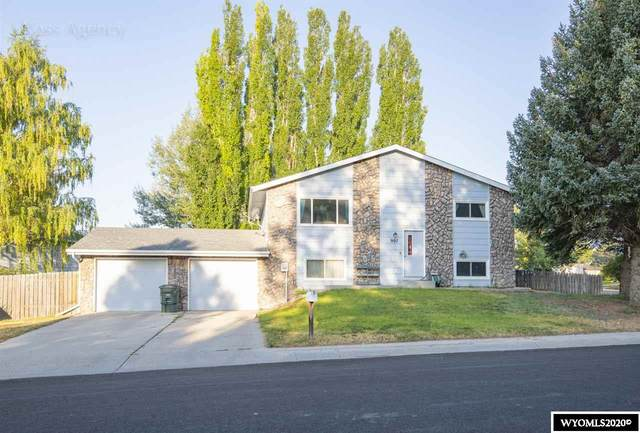 907 Riverbend Drive, Douglas, WY 82633 (MLS #20204285) :: RE/MAX The Group