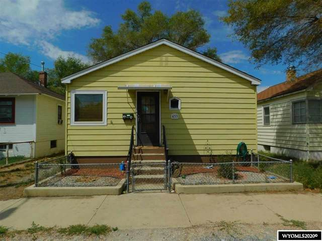 433 M Street, Rock Springs, WY 82901 (MLS #20204346) :: RE/MAX The Group