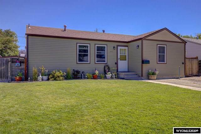1315 S Maple Street, Casper, WY 82604 (MLS #20204473) :: Real Estate Leaders