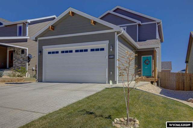 875 Pebble Mountain Drive, Mills, WY 82604 (MLS #20205069) :: RE/MAX Horizon Realty