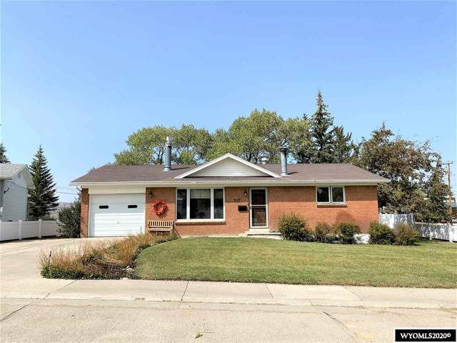 707 Pearl, Kemmerer, WY 83101 (MLS #20205278) :: RE/MAX The Group