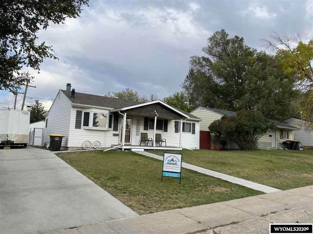 407 Jefferson, Rawlins, WY 82301 (MLS #20205443) :: RE/MAX Horizon Realty