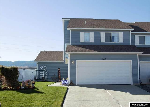 1231 Falcon Crest Boulevard, Casper, WY 82601 (MLS #20205557) :: RE/MAX The Group