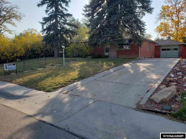 924 Country Club Road, Casper, WY 82609 (MLS #20205752) :: RE/MAX The Group