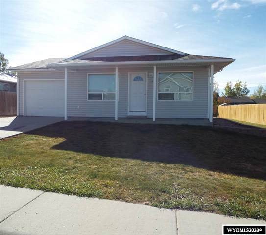 613 Olds Drive, Douglas, WY 82633 (MLS #20205886) :: RE/MAX The Group
