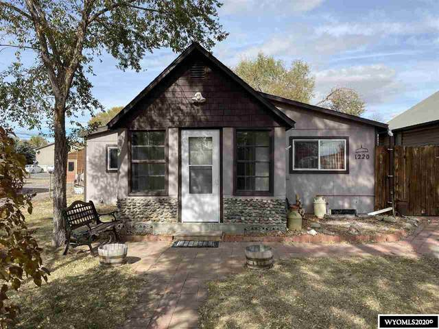 1220 E Washington Avenue, Riverton, WY 82501 (MLS #20205945) :: Real Estate Leaders