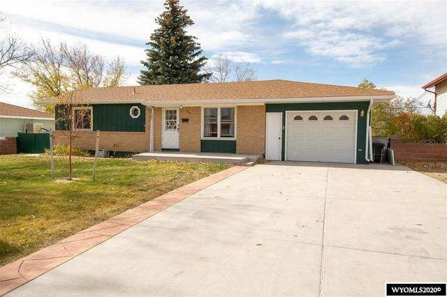 610 Cleveland Ave Avenue, Cheyenne, WY 82001 (MLS #20206033) :: Real Estate Leaders